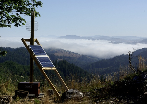 Rural Oregon - solar powered internet connection